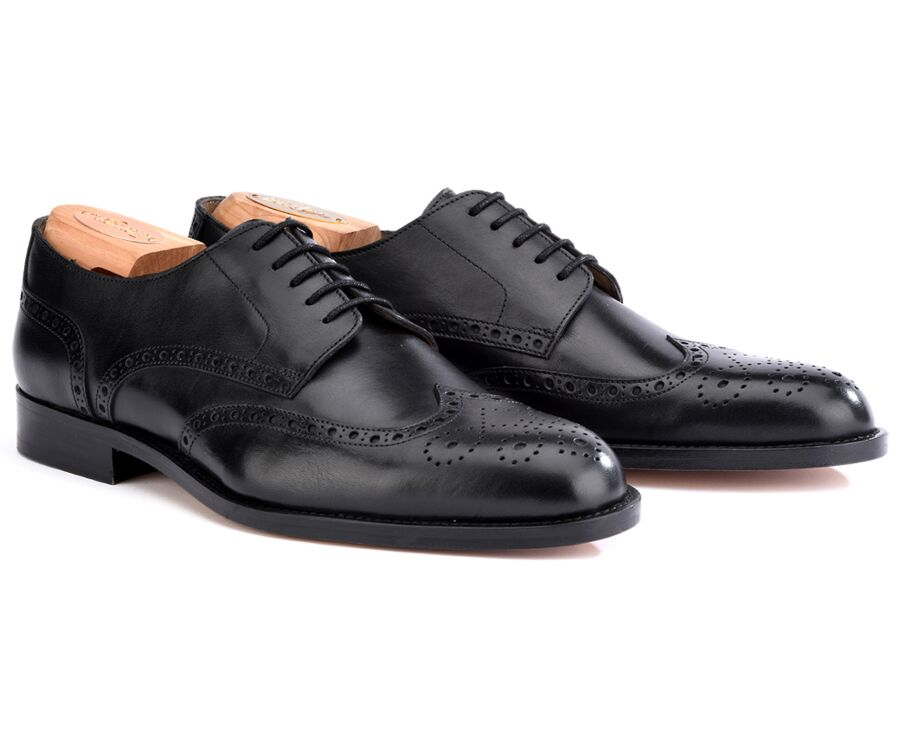 Clarendon Black